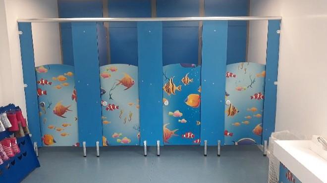 Warwick New Toilets - The Children's Favourite Bit!